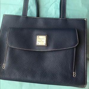 Navy Dooney and Bourke Janine w/ Front Pocket Bag